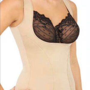 Maidenform tank shapewear. Wear your own bra Sz 2X